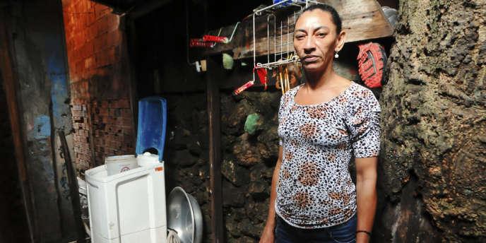 Brésil le 13 Décembre, Bete, la veuve d'Amarildo, maçon assassiné par la police militaire de