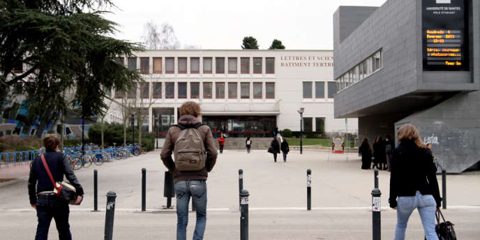 Le parvis de la faculté des lettres et sciences humaines de Nantes. Certaines études (lettres, art...) sont en moyenne moins rémunératrices.