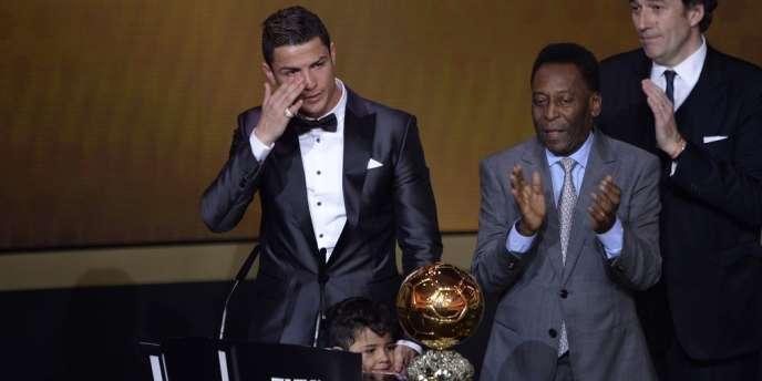 Cristiano Ronaldo a remporté le Ballon d'or 2013, le 13 janvier à Zurich.