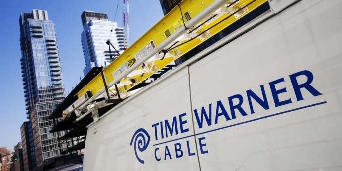 Time Warner, deuxième câblo-opérateur américain, est dans le viseur de Charter Communications.