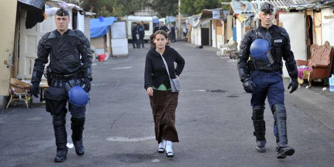 En 2013, le gouvernement a procédé à deux fois plus d'évacuations de campements de Roms qu'en 2012, avec près de 20000personnes concernées.