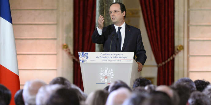 Après la conférence de presse de François Hollande, les réactions politiques et sociales se multiplient.