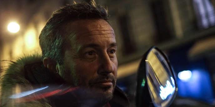 Sébastien Valiela, le photographe qui a fait les photos de François Hollande et de Julie Gayet publiées par