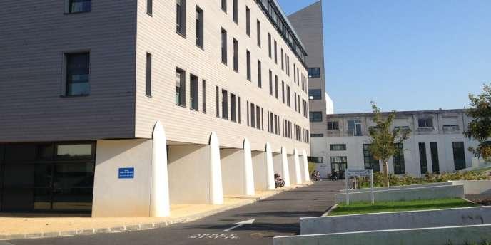 L'hôpital Sébastopol, à Reims, où est hospitalisé Vincent Lambert.
