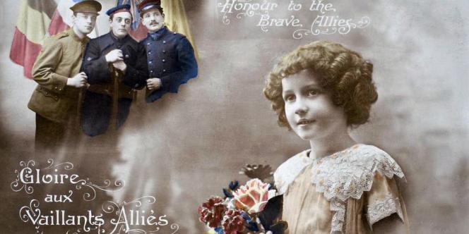 « Gloire aux vaillants alliés ». Carte postale coloriée à la main par Myosotis. France, 1915.