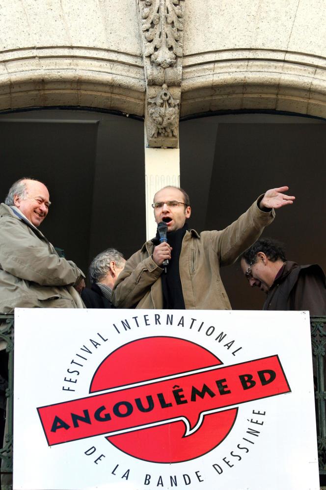 Lewis Trondheim (Grand Prix 2006 au festival de BD d'Angoulême) mène la fronde avec quelques autres (Charles Berberian, Zep) pour une ouverture du palmarès vers l'Orient.