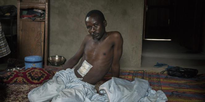 Habib Hussein, un musulman agresséŽ par plusieurs jeunes chrŽtiens, au couteau, à Bangui, le 14 janvier 2014