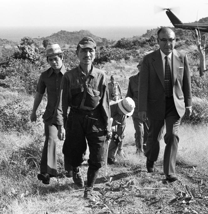 M. Onoda (ici en 1974), sous-lieutenenant du renseignement et spécialiste des techniques de guérilla avait résisté sur l'île philippine de Lubang, près de Luzon, jusqu'en 1974, soit trente ans après la capitulation de l'empire nippon.
