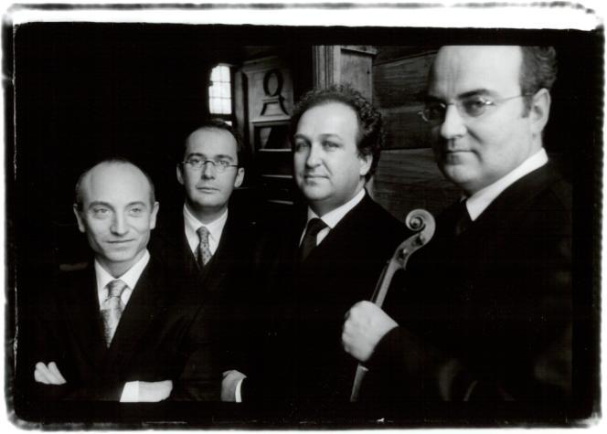 Le quatuor Ysaÿe (deux violons, un alto et un violoncelle) est né en 1984.