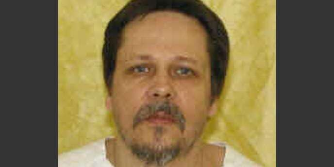 Dennis McGuire, le troisième condamné exécuté depuis le début de l'année aux Etats-Unis, a reçu une injection du sédatif midazolam et de l'antalgique hydromorphone.