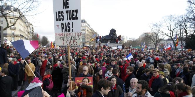 Des anti-avortement défilent à Paris dimanche 19 janvier.