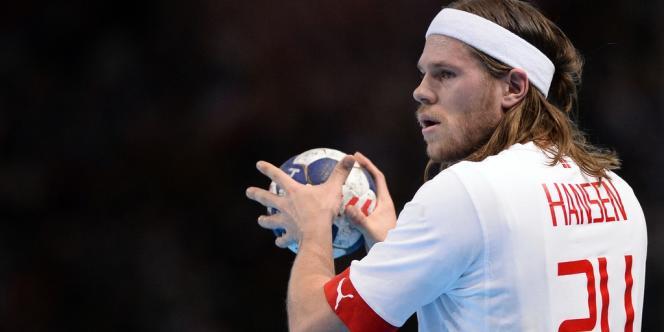 Mikkel Hansen contre la France, au Palais omnisport de Paris-Bercy, le 5 janvier.