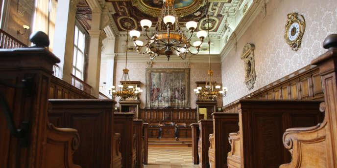 Suivant les réquisitions du parquet général, la peine prononcée en première instance a été alourdie d'une année d'emprisonnement avec sursis – ici, la cour d'appel de Paris.