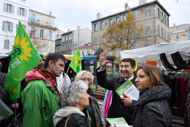 Karim Zéribi, le candidat d'Europe écologie-Les Verts à Marseille le 22 novembre 2013.