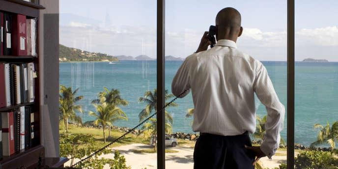 Neil Smith, secrétaire d'Etat aux finances des îles Vierges britanniques, dans son bureau à Tortola, le 14 janvier.