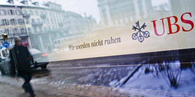 Le logo de la banque suisse UBS à Zurich.