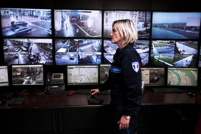 Le premier centre de supervision urbain a été créé à Nice en 2010.