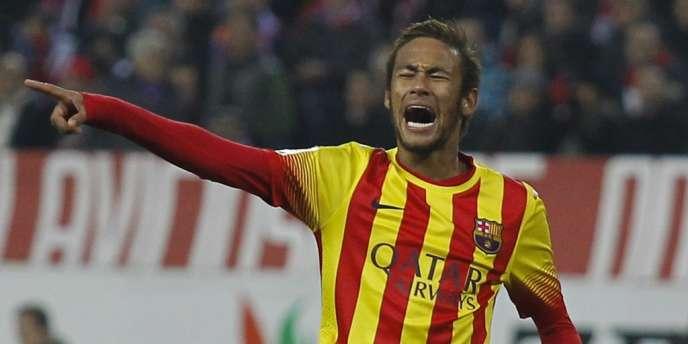 Le transfert de l'attaquant brésilien Neymar, ici le 11 janvier face à l'Atletico Madrid, sera regardé de près par la justice espagnole.