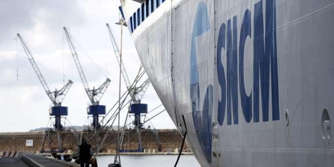 La SNCM est détenue à 66% par Transdev (coentreprise de la Caisse des dépôts et de Veolia Environnement), à 25% par l'Etat et à 9% par les salariés.