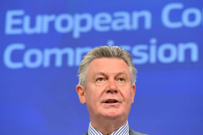 Karel de Gucht, le commissaire européen au commerce, à Bruxelles, le 29 juillet 2013.