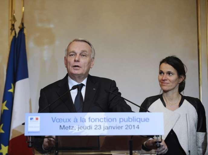Jean-Marc Ayrault a assuré jeudi 23 janvier que les économies supplémentaires demandées au budget de l'Etat ne se feraient pas sur le dos des fonctionnaires.