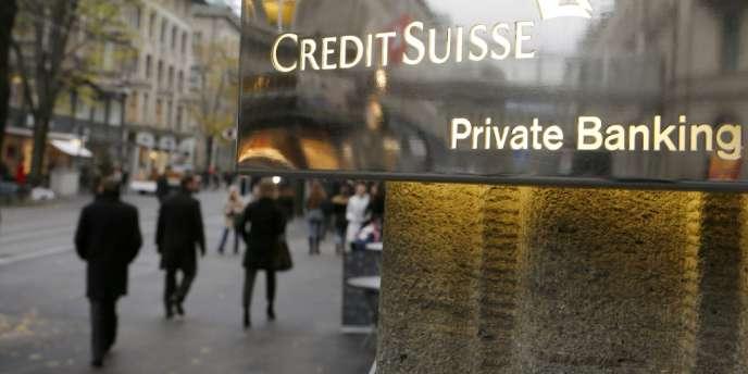 Le fisc britannique avait renoncé à traquer ses contribuables disposant d'avoirs non déclarés, en échange de l'assurance de recevoir des banques helvétiques le versement d'un impôt libératoire, pensait alors gagner « 4 à 7 milliards de livres » (4,9 à 8,5 milliards d'euros).