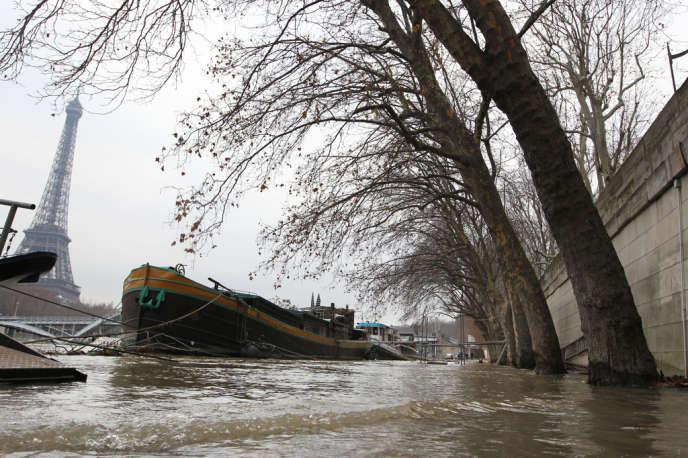 Une grande crue pourrait causer jusqu'à 30 milliards d'euros de dommages directs en Ile-de-France.