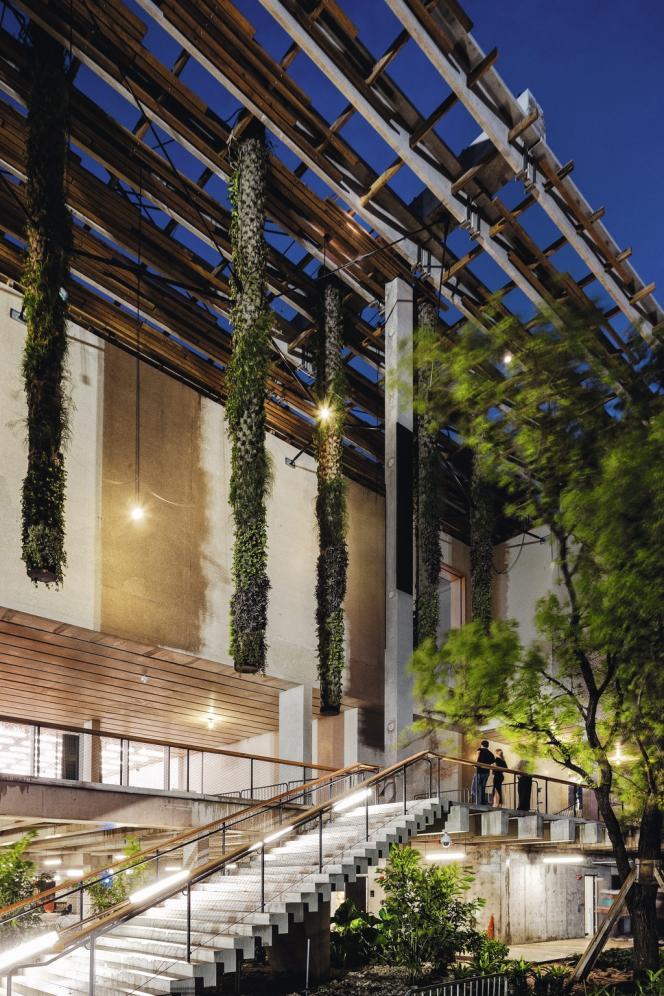 L'architecte suisse Jacques Herzog s'est appuyé sur