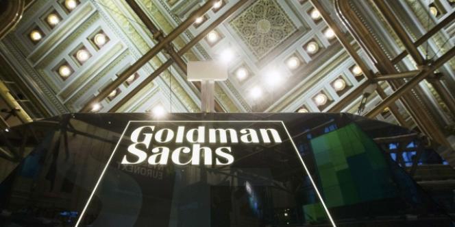 Le logo Goldman Sachs au sein du New York Stock Exchange, la Bourse de New York.