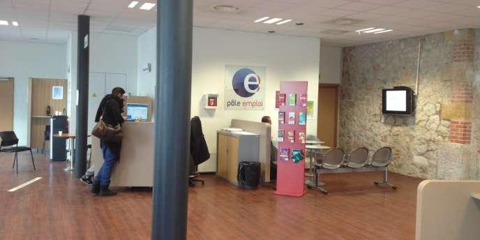 A l'agence Pôle emploi Carré Gabriel, dans les quartiers Nord de Marseille, en décembre 2013.