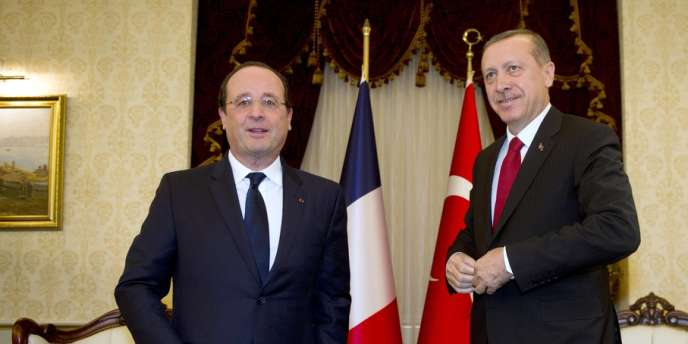 François Hollande et le premier ministre turc, Recep Tayyip Erdogan, à Ankara, le 27 janvier.