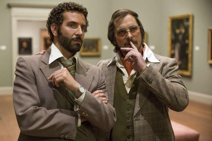 Bradley Cooper et Christian Bale dans le film américain de David O. Russell,
