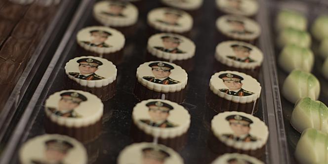 Des chocolats à l'effigie de M. Al-Sissi, le 14 septembre au Caire.