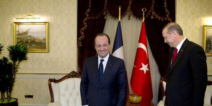 François Hollande est reçu par Recep Tayyip Erdogan, à Ankara, le 27 janvier.