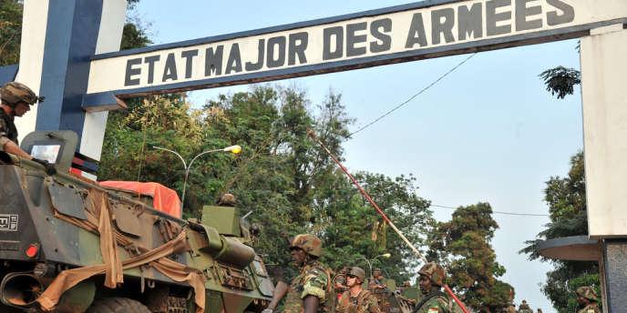 Un récent rapport de l'ONU citait le chiffre de 6 000 à 9 000 hommes à engager dans une éventuelle opération de maintien de la paix qui prendrait le relais de la Misca.