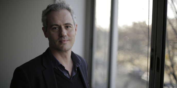 David André, lauréat du FIPA d'Or dans la catégorie documentaire de création pour « Chante ton bac d'abord ! ».