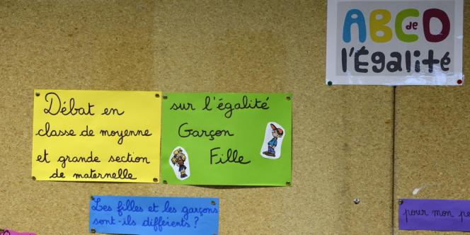 ABCD de l'égalité dans une classe de primaire à Villeurbanne, le 13 janvier 2014.