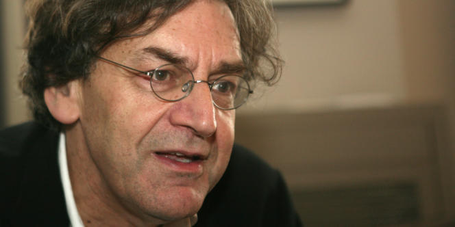 Le philosophe Alain Finkielkraut à Paris en octobre 2007.