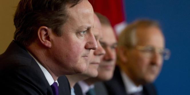La Chambre des lords a bloqué vendredi un projet de loi au sujet du référendum sur l'Union européenne, mais David Cameron se dit prêt à passer en force.