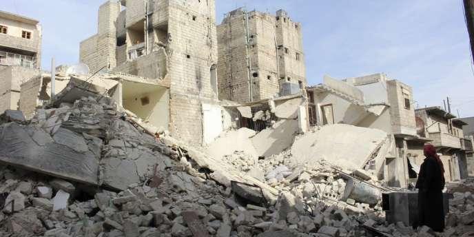 Dimanche, 36 personnes sont mortes dans les raids menés à l'aide de barils d'explosifs sur les quartiers est d'Alep.