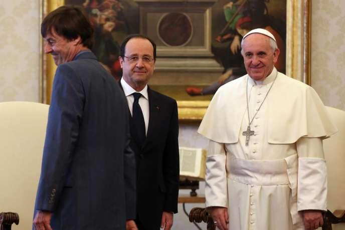 Nicolas Hulot, envoyé spécial de l'Elysée pour la protection de la planète, a accompagné François Hollande dans sa visite au pape François, le 24 janvier au Vatican.