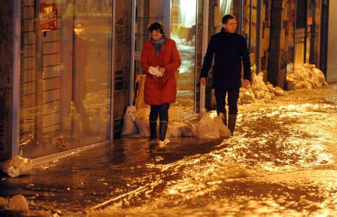 Morlaix, le soir du 6 février, inondée pour la troisième fois depuis Noël.