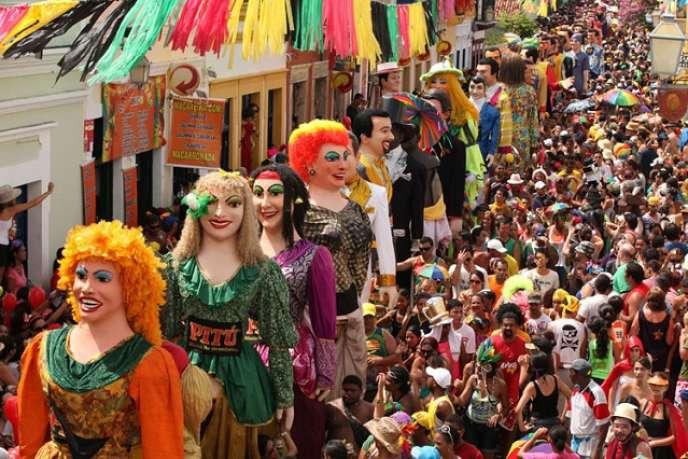 Carnaval dans les rues d'Olinda (Brésil), février 2013.