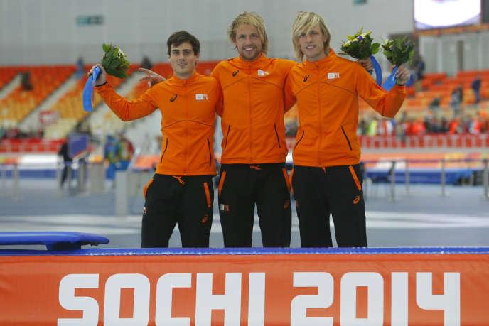 Jan Smeekens (2e), Michel Mulder (1er), Ronald Mulder (3e). Le podium 100 % néerlandais du 500 m en patinage de vitesse, le 10 février aux jeux olympiques de Sotchi.