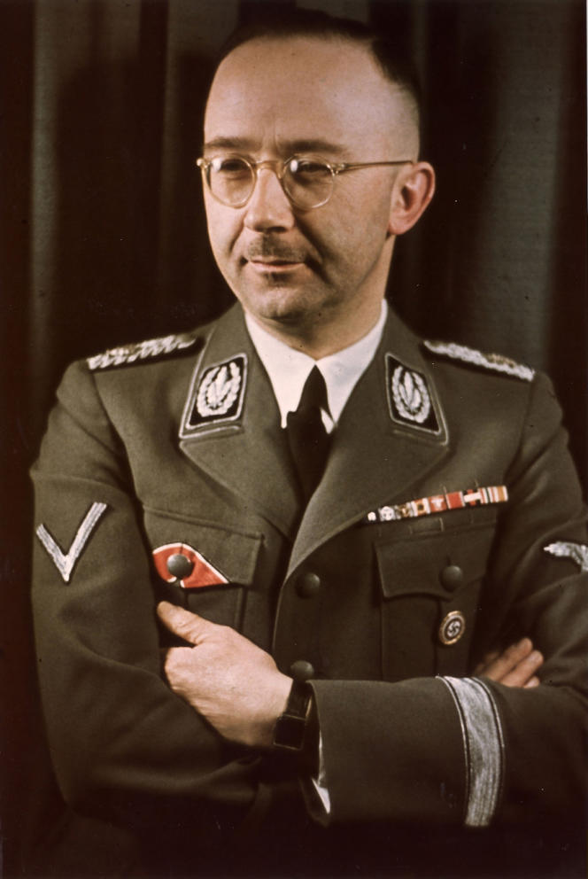 Heinrich Himmler en tenue militaire, vers 1943.