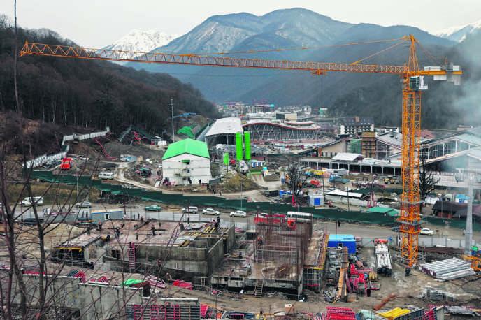 En février 2013, sur le chantier de la station de sports d'hiver qui accueille les épreuves olympiques de ski alpin.