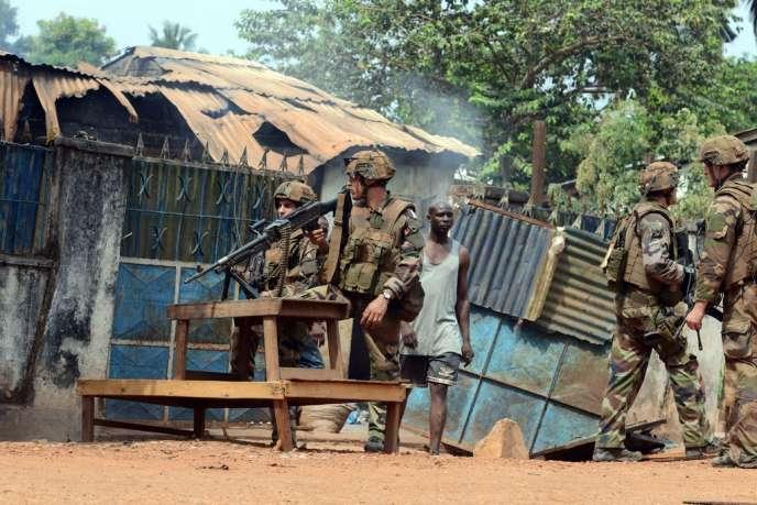 Des soldats français de l'opération