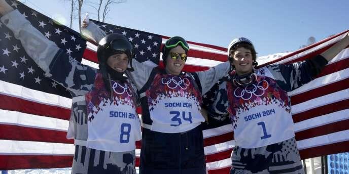 Trois spécialistes américains du snowboard constituent le podium de l'épreuve de slopestyle.