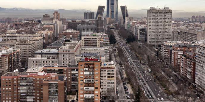 A Madrid, les prix de l'immobilier résidentiel ont chuté de 24,8 % en 2013.
