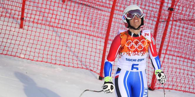 La skieuse française, samedi matin, après sa sortie de piste dans le super-G des Jeux de Sotchi.